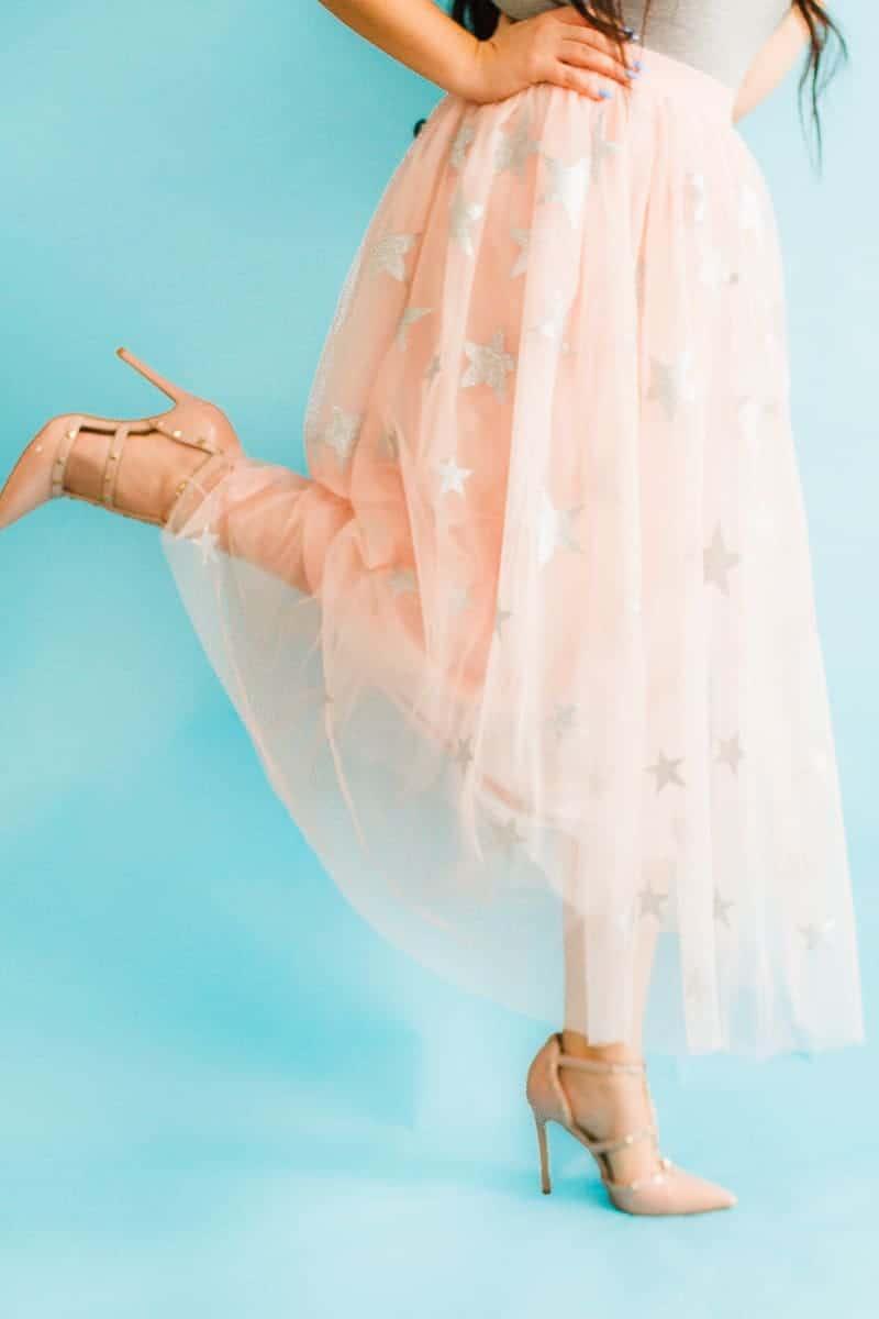 DIY-Silver-star-Tulle-Skirt-Blush-Glitter-Cute-Outfit-Pastel-Cricut-tutorial-wedding-dress