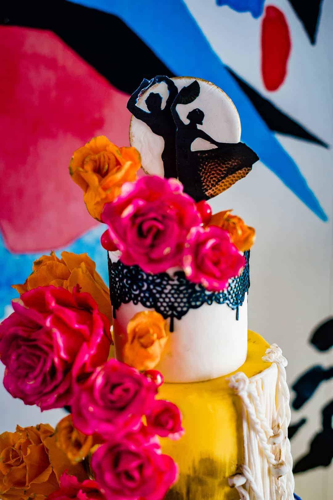 BEAUTIFUL WEDDING INSPIRATION FOR COUPLES WHO WANT TO CELEBRATE THEIR SPANISH CULTURE 5 - Ý TƯỞNG ĐÁM CƯỚI CHỦ ĐỀ TÂY BAN NHA |  Bespoke-Bride: Wedding Blog